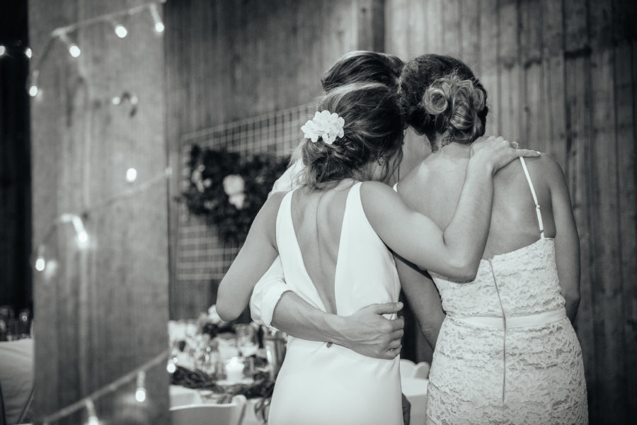 Why you should consider a female wedding photographer